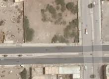 ارض مربعه في الحديده شارع صنعاء