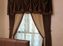 تصنيع وتركيب جميع انواع الستائر و التنجيد و السجاد والأرضيات وورق الجدران
