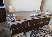اثاث مكتبي للبيع نضيف جدا