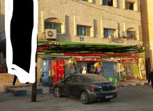 مجمع تجاري للبيع ابو النصير السوق التجاري اربع طوابق بدخل 30الف سنوي