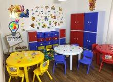 طاولات وكراسي وخزائن للاطفال للحضانات والروضات