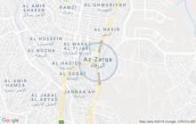 شقه طابق ارضي الايجار الزرقاء حي الحسين مقابل مدرسه صفد