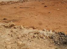 قطعة أرض شبنه ج خلف أرض العنيزات القطعة على شارعين والقطران