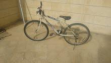 دراجة هوائية بحالة جيدة ، 26