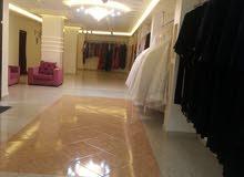 محل تاجير وبيع بدلات اعراس للبيع خلو