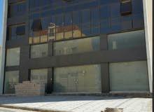 مجمع تجاري جديد بالقرب من جامعة العلوم التطبيقية