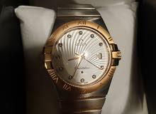 للبيع ساعة أوميجا درجة أولى، حجم كبير، إطار روز قولد