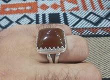 خاتم فضة جدا راقي فص يمني كبدي طبيعي 100%