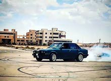 BMW E30 2000 For sale - Green color