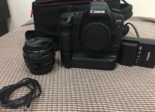 canon 5d mark 2 with lens 50mm