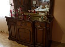 غرفة نوم خشب زان ولاتيه جيدة