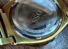 ساعة نظيفة ماركة boss