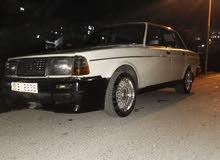 سياره فولفو1982 بحاله جيد جدا