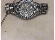 للبيع ساعة لاكوست الماس