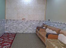 للبيع بيت مساحه 250 متر يتكون غرفتين ومطبخ واستقبال وحمام وتواليت داخلي + خارجي