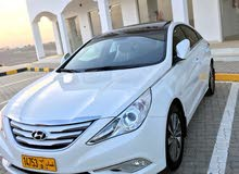 Automatic Hyundai 2014 for sale - Used - Saham city