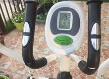 للبيع جهاز رياضة مستعمل دراجة مشي