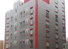 *بدخل 10% عماره للبيع حي مشرفه ظهيرة شارع الستين المساحه 530 متر علي شارعين العم