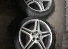 للبيع رنغات مع التواير الحاله ممتازهrims with tire good condition