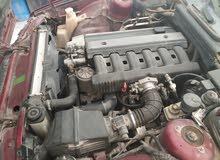 سياره بي ام دبليو بومه عنابي محرك سيمنس 520i  مكيفه شناف  ماشيه 270 الف