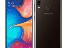 Samsung A20 مستعمل  اسبوع فقط ..