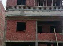 شقة 150م بارض الجمعيات بعمارة جديدة تحت الانشاء للبيع بتسهيلات فى السداد
