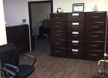 مكتب للايجار دوار الداخلية مع خلو