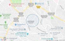 مطلوب شريك سكن في جبل الحسين شقة مفروشة كركي الجنسية