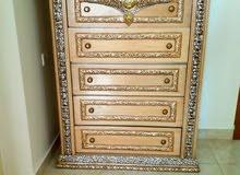 غرفه نوم كبيره خشب كويتي نضيف