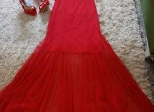 فستان اجمر