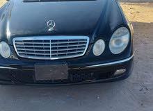 Used condition Mercedes Benz E 350 2005 with 150,000 - 159,999 km mileage