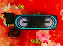 Sony XB40 Portable Wireless Speaker with Bluetooth and Speaker Lights