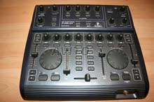 Dj console behringer bcd2000