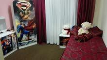 غرفة اطفال بحالة جيدة جدا التخت غير مستعمل