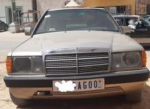 سيارة 190 للبيع نظيفه جدا   جميع وسائل الدفع متاحة الفظه أو نيمروات أو دار