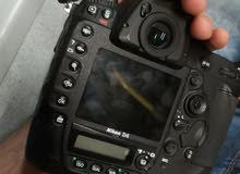 nikon d4 (the monster, the faster 11 frame per second)