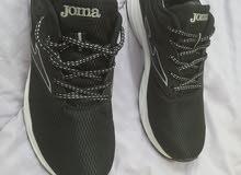 حذاء joma جديده واصليه مقاس 9.5 43 حذاء واحد فقط ومقاس واحد فقط