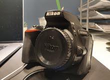 كاميرا نيكون D5600 بحالة الوكالة للبيع