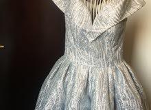 فستان مستعمل للبيع ،