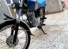 دراجه نامه نظيفه 70 بل ميه البيع رقم اسود وسنويه بس مابيهه وكاله عامه