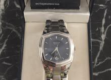 ساعة يد  للبيع