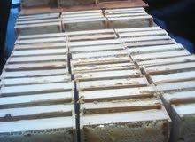 للبيع 3 قالب عسل بالشمع من قيرغزستان