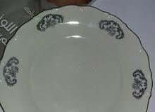 طقم صيني غير كامل استعمال خفيف