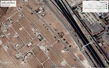 أرض للبيع لقطة 500 م الطنيب السكة الغربي مقابل جامعة الإسراء  منطقة فلل
