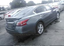 For sale 2014 Grey Altima