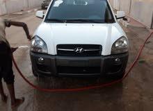 سيارة هيونداي توسان 2005 جاز بحالة جيدة