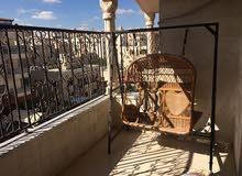 شقة طابقيه مدخلين موقع مميز خلف كارفور