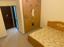 سكن مشنرك للبنات  في شقة راقيه على كورنيش عجمان