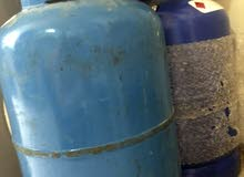2 gas cylinders