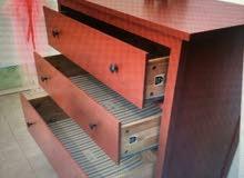 خزانة لوح ثلاث ادرج